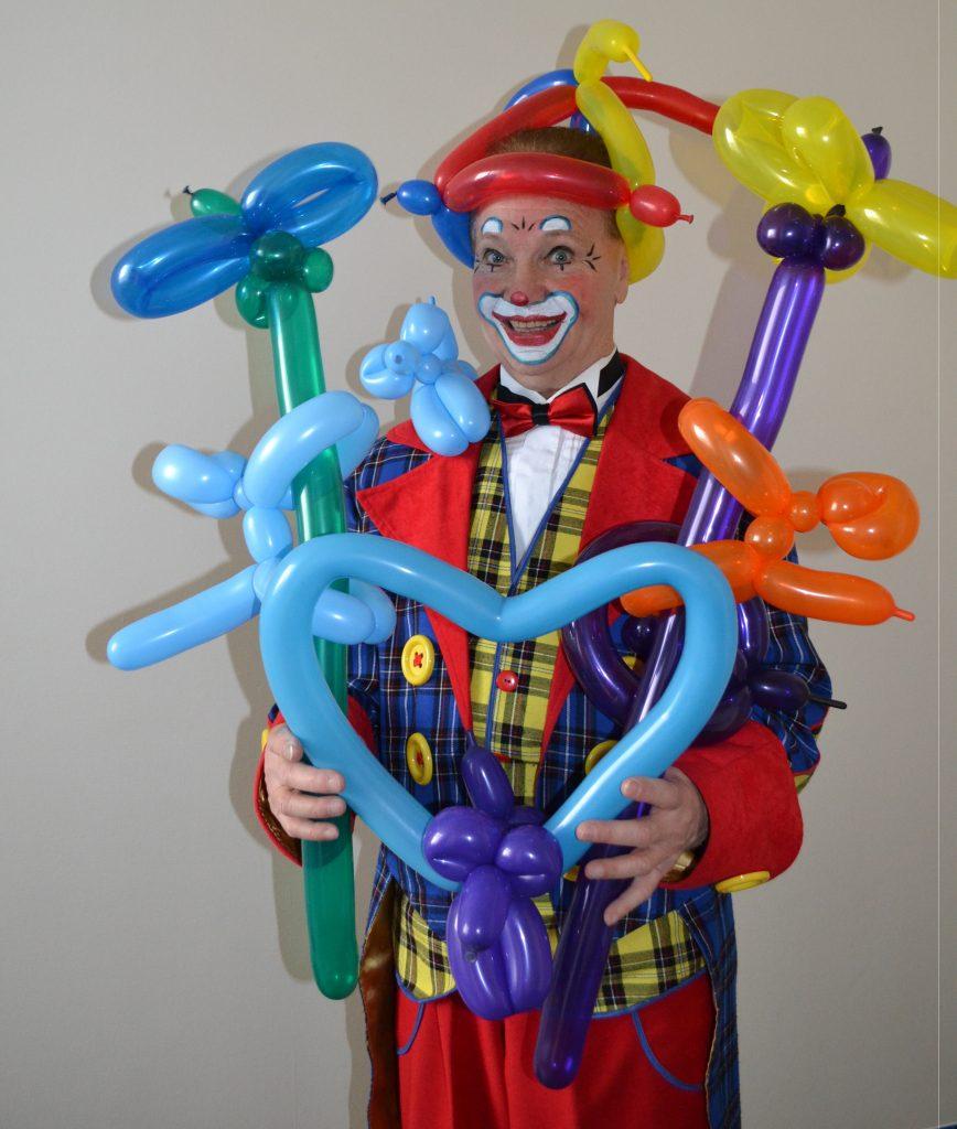 Luftballonmodellage und Puppentheater